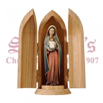 Our Lady of Heart in Nische