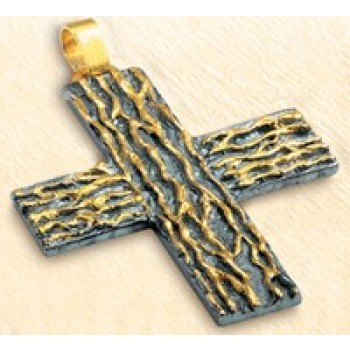 Pectoral Cross with Structured Lines